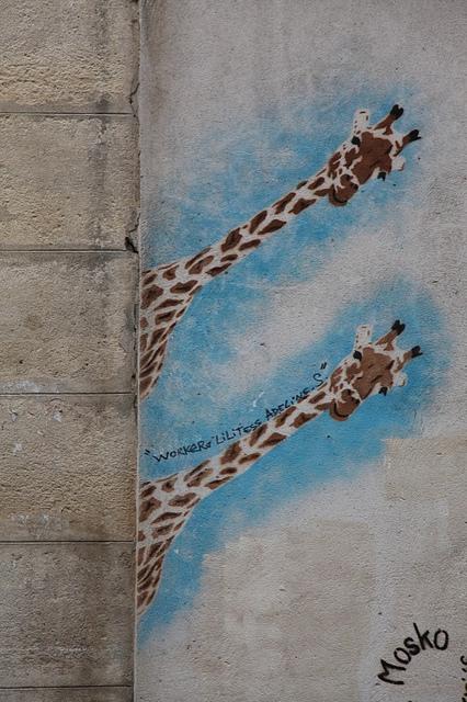 Mosko Two Giraffes Paris